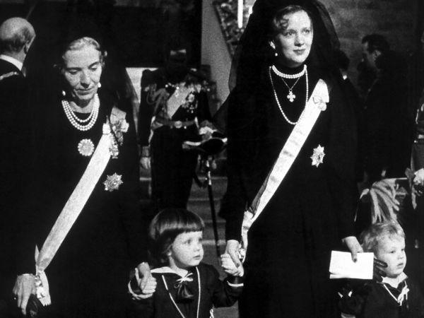 50 år: Kronprinsen i billeder PLUS Kronprins Frederik fylder 50 år